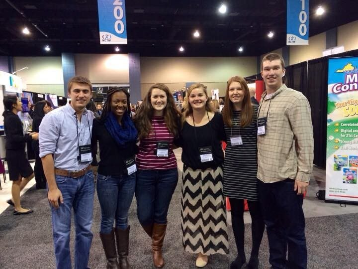 Noyce scholars and math education students at NCTM conference